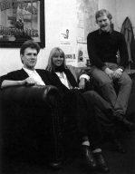 Happy-Redakteurin Petra Wängler mit Mathew Tims (links) und Peter Stone.