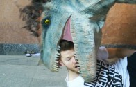 Crazy Jurassic World Dinosaurs Prank
