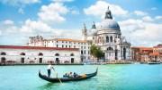 Venice – Gondola Ride And Serenade