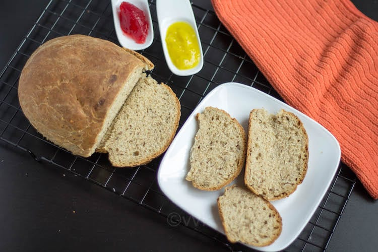 Russian Rye Bread Rizhsky-Khleb