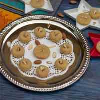 Microwave Badam Peda | Almond Peda | Almond Flour Fudge