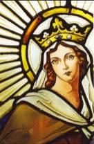 Diseño de vidriera con motivos religiosos