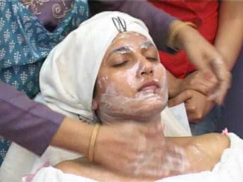 Anti-Wrinkle Facial: Massage Techniques