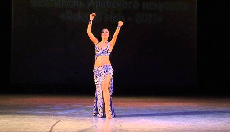 Belly Dancer Aida Performs Drum Solo