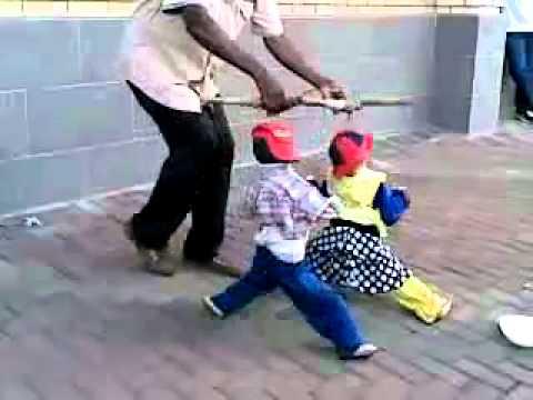 Best Street Puppet Dance Show Ever