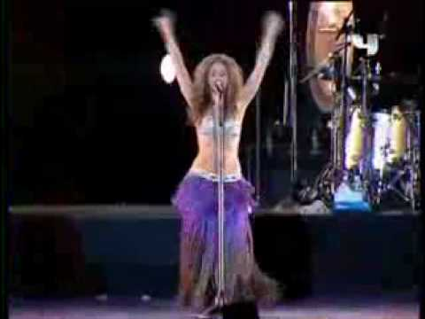 Shakira Performs Live in Dubai