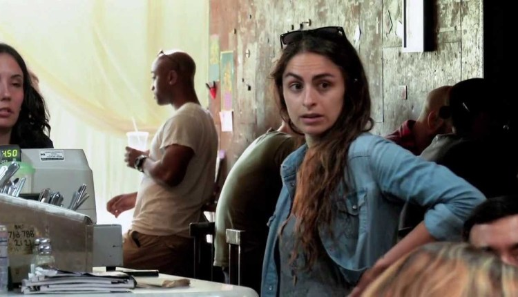 Telekinetic Coffee Shop Prank Scares the Beans Out of Custom