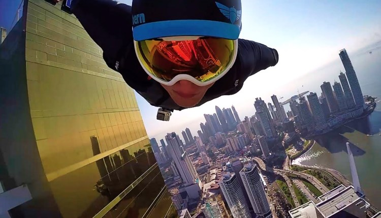 Two Guys Fly Through Panama City In The Insane Wingsuit