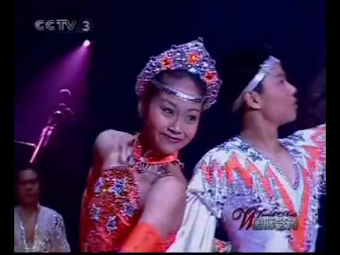 Unbelievable Performance Of Chinese Acrobats