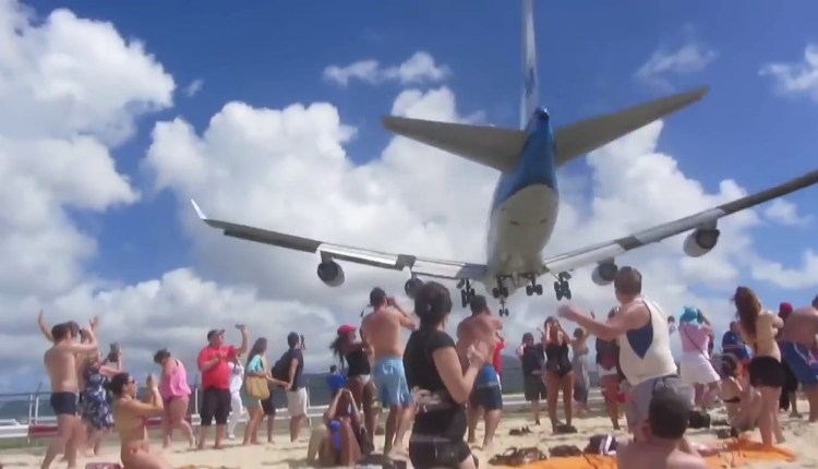 A Perfect Compilation Of The Close Encounters
