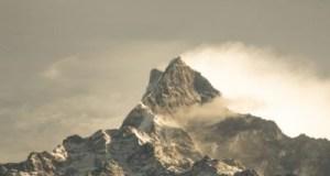 Mountain in hindi