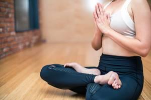 Quels sont les postures de yoga pour prendre du poids