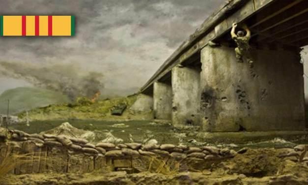 Simon & Garfunkel: Bridge Over Troubled Water – Vietnam Veteran Tribute Video