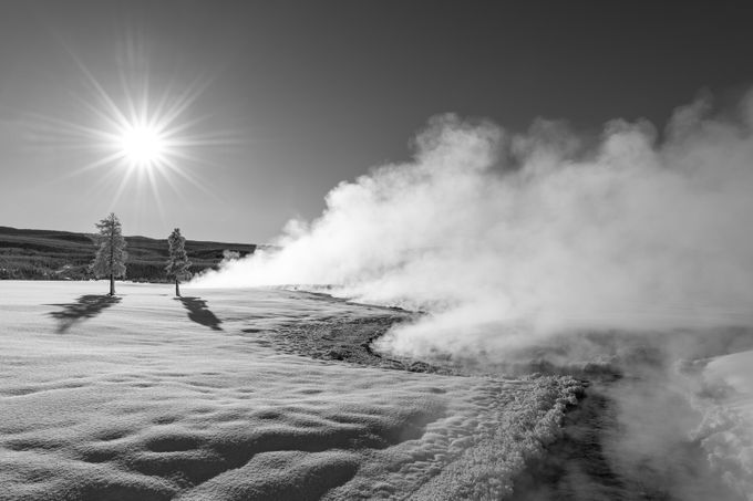 Zonsopkomst boven Yellowstone Geyser Basin door tomingramphotography - Unieke locaties fotowedstrijd