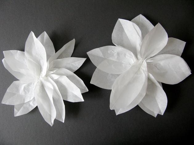 Διακοσμήστε με χάρτινα λουλούδια