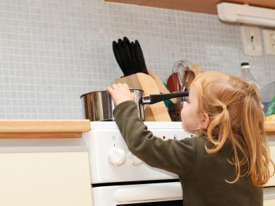 Ασφαλής κουζίνα για τα παιδιά