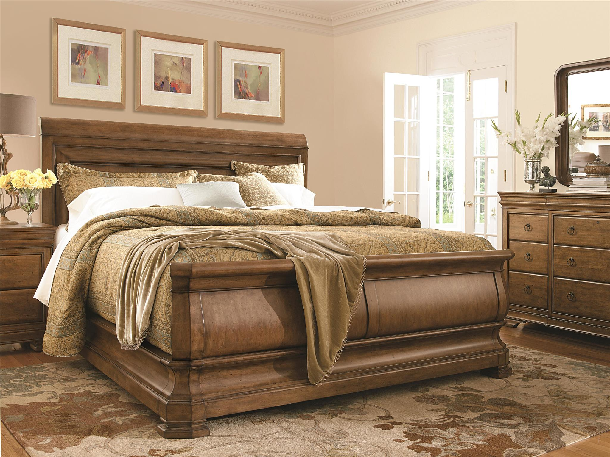 Universal Furniture New Lou Louie Ps Sleigh Bed King