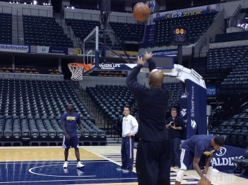 Here's Shaw shooting with Lance Stephenson.