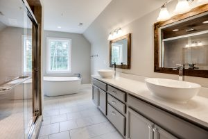 3 Beautiful Features of a Master Bathroom in Your New Custom Home
