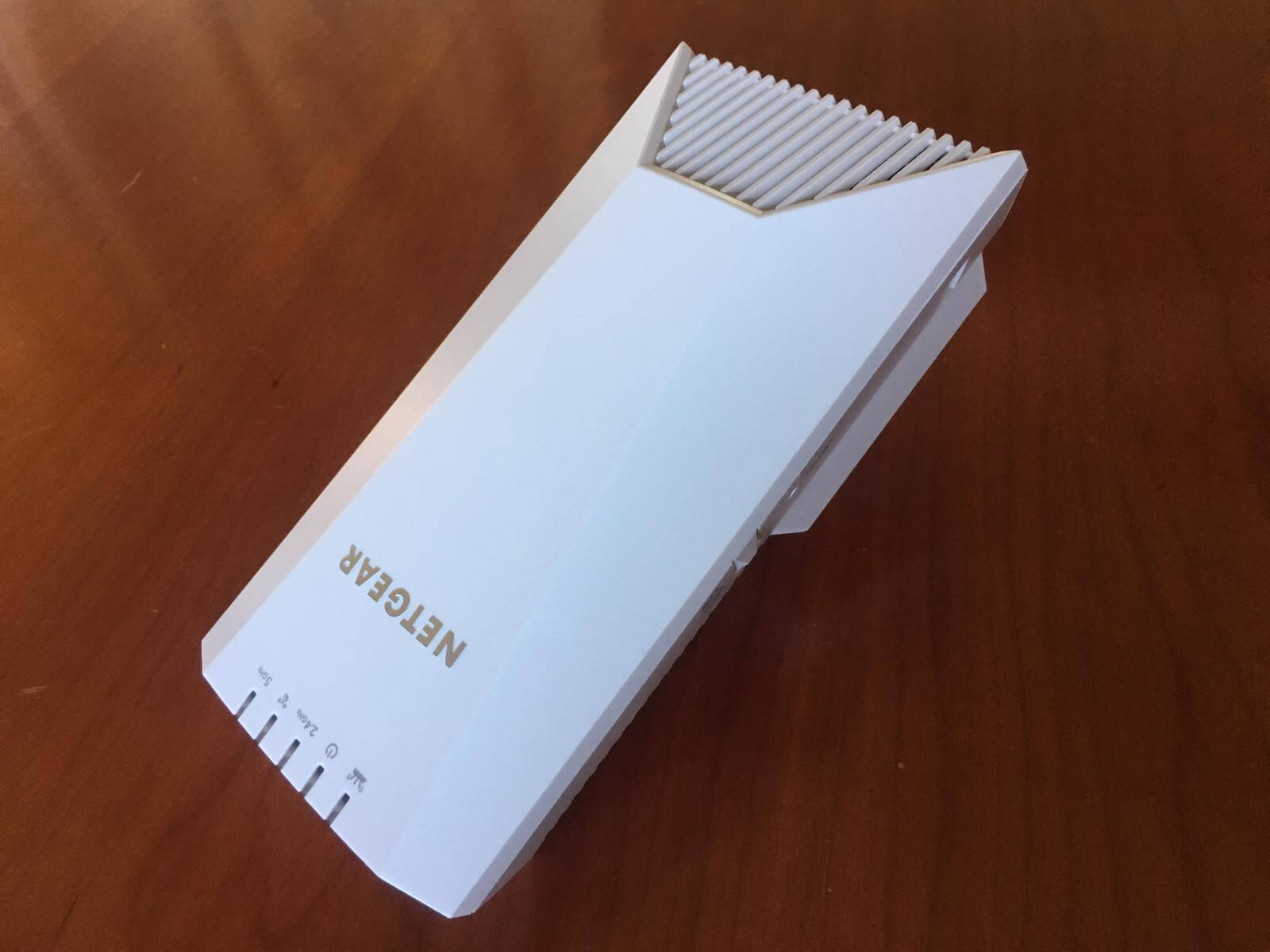 Recensione Netgear Nighthawk X4S Wi-Fi extender 4