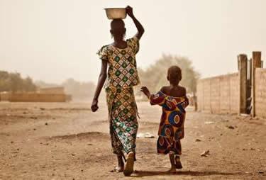 Dona del sud del Sáhara