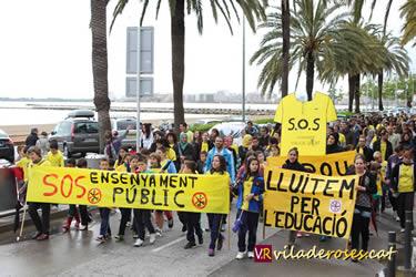 Manifestació escoles de Roses