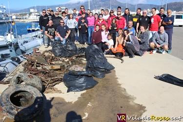 Neteja del fons marí de Roses