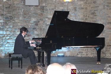 El pianista Eleuterio Domínguez a Roses