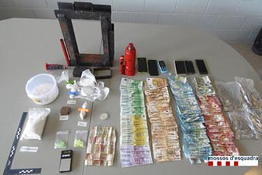 Pis a Llança de compravenda de drogues