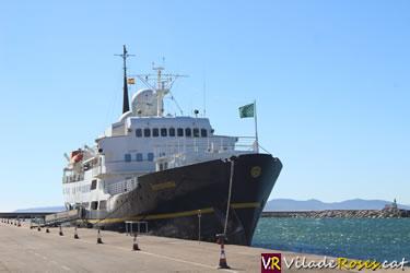 El creuer Sereníssima al port de Roses