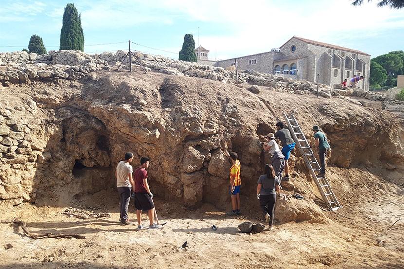Excavacions arqueològiques a Empúries