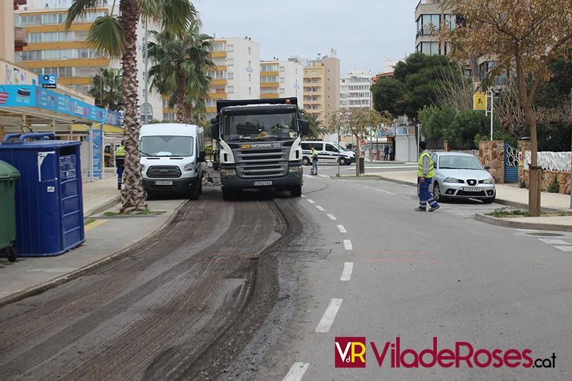Renovació asfalt carrers de Roses