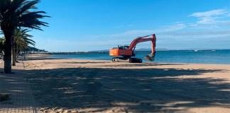 Roses inicia la recuperació de les seves platges