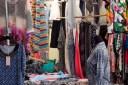 Demà diumenge reobre el mercat setmanal de la roba de Roses, però amb mesures de seguretat a complir