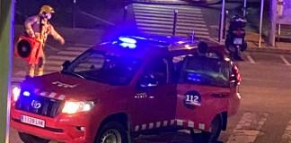 Incendi en un pis de la plaça Santa Pere de Roses
