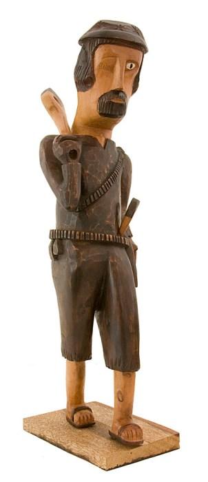 Lampião, escultura em madeira de Bento de Sumé