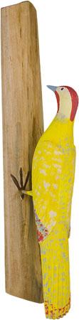 Pica-pau em madeira, escultura de Oziel Dias Coutinho