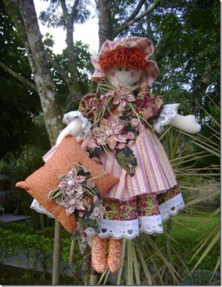 Uma das lindas bonecas de pano de Leila Reis