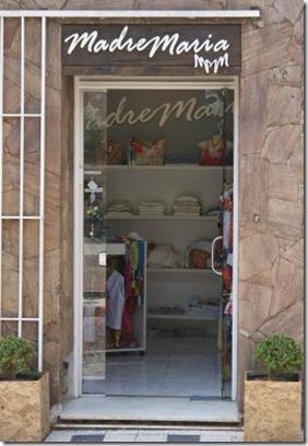 A loja Madre Maria