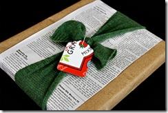 Faça o detalhe com cartão de papelão reciclado