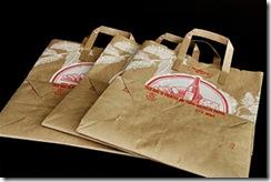 Recicle sacolas usadas