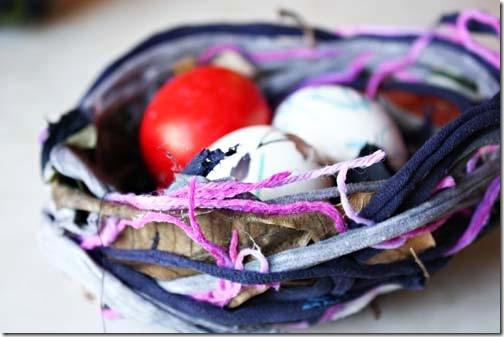Decore seu ninho de páscoa com ovos coloridos