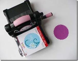 Máquina de cortar apliques em feltro