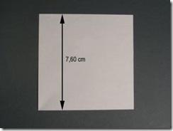 A medida do molde é de 7,6 cm