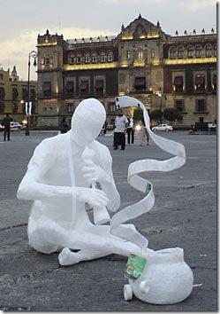 Uma das escultuas vencedoras do concurso Scotch no México