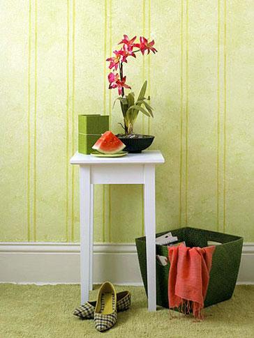 Parede com efeito de pátina e listas, parece papel de parede, técnicas de pintura