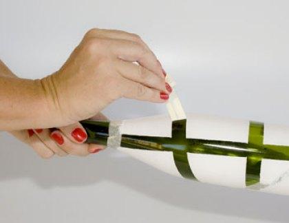 Retire a fita crepe com cuidado