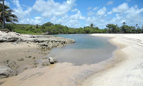 Aqui o Rio Graú formou uma piscina bem rasa