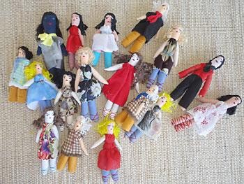 Escolha as bonecas que vai usar na mandala
