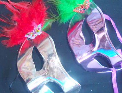 Máscaras de carnaval para a folia